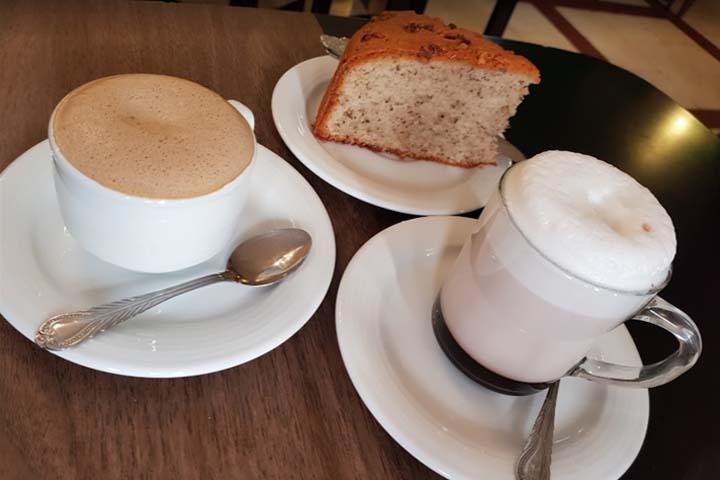 نوشیدنی های کافه نادری