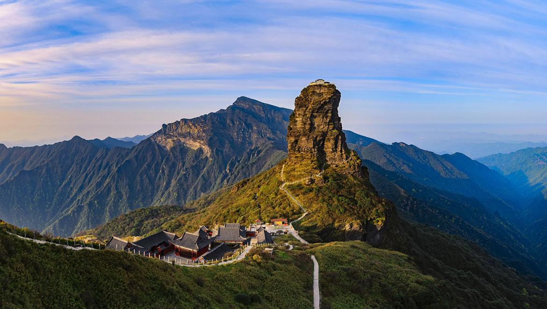 کوه فانجینگ ، سرزمین شگفتانگیز و مسحورکننده خدایان بودایی