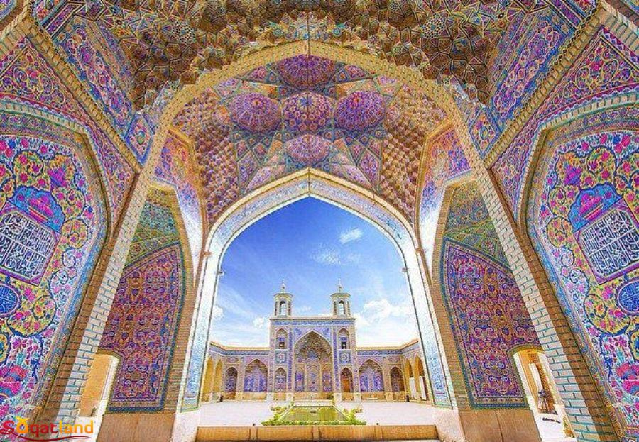 ایوان شمالی مسجد نصیرالملک
