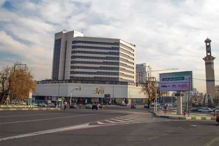 مجتمع تجاری رویال سعادت آباد