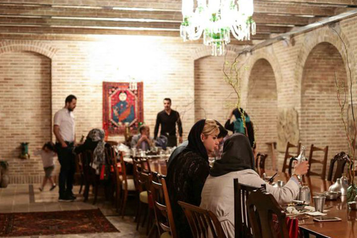 رستوران روحی