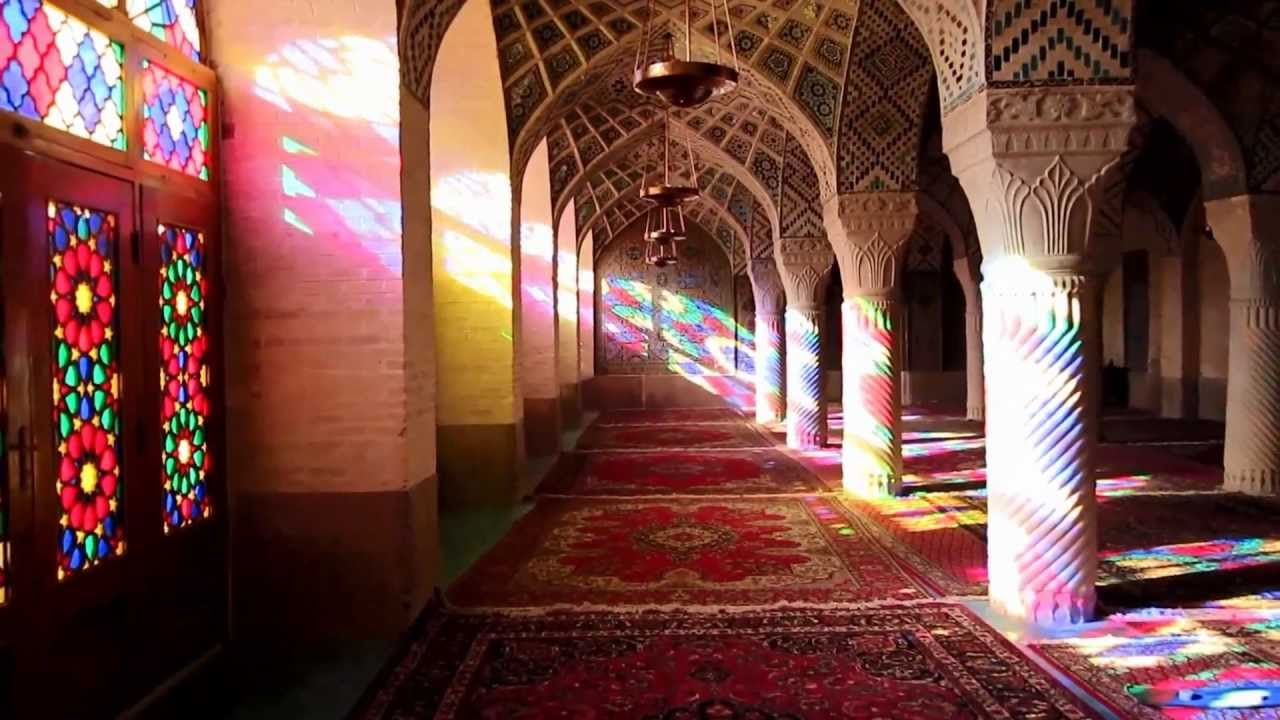 شبستان غربی مسجد نصیرالملک ۲