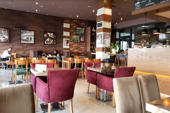 کافه ویونا سعادت آباد