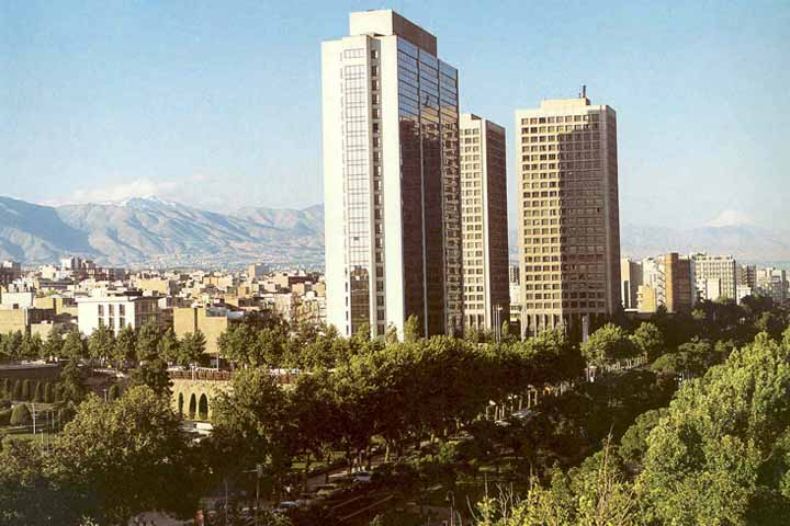 بلوار کشاورز تهران