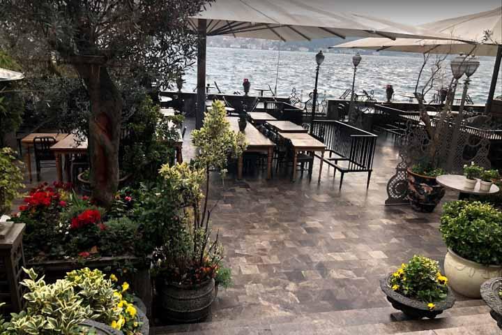 رستوران هاوس کافه | رستوران های میدان تکسیم