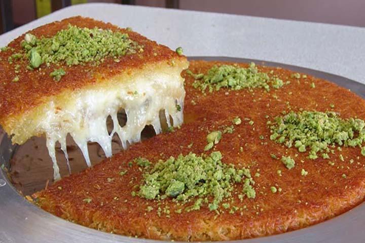سارای موالیبیسیسی رستوران های خیابان استقلال استانبول