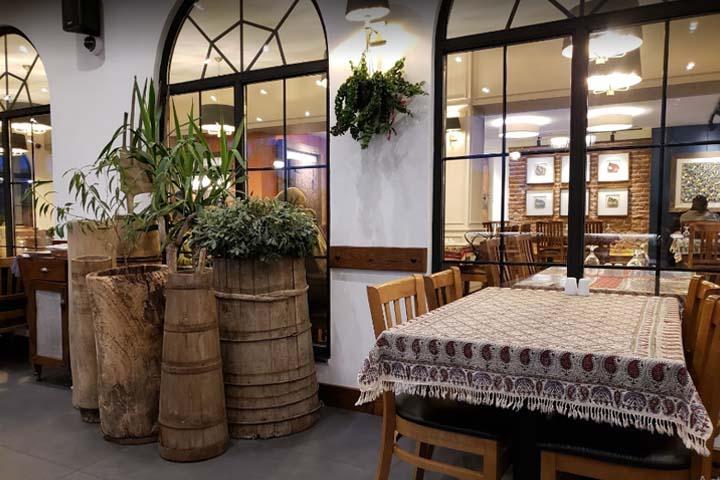 رستوران ریحون | رستوران های ایرانی استانبول