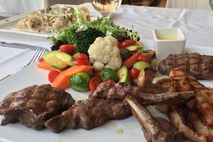 کافه رستوران گیلان | رستوران های ایرانی استانبول