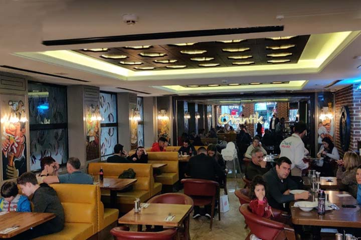 رستوران اوتانتیک | رستوران های خیابان استقلال استانبول