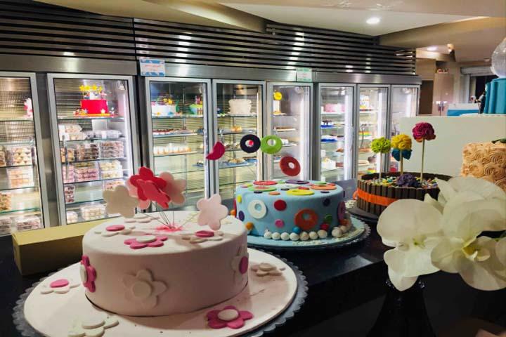 شیرینی کوک | بهترین شیرینی فروشیهای تهران