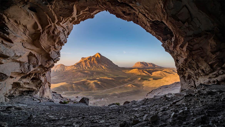 غار ایوب کرمان ؛ فرزند گدازههای آتشفشانی