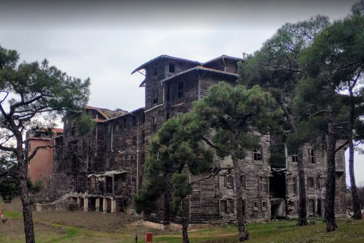 یتیم خانه یونانی