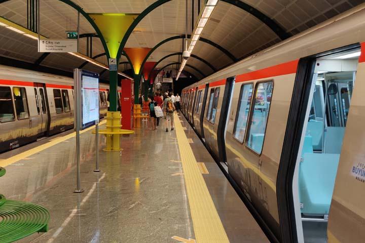 استفاده از مترو