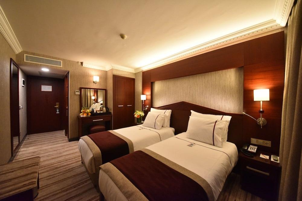 بهترین هتلهای استانبول در تکسیم