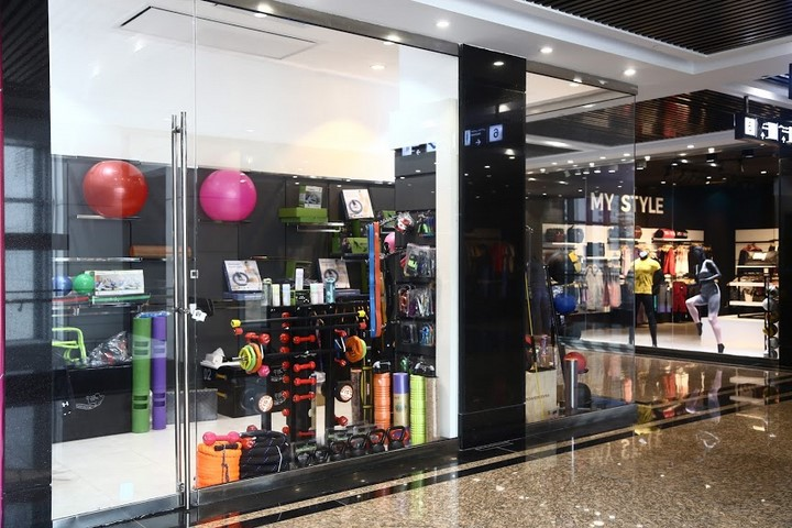امکانات مرکز خرید اپال