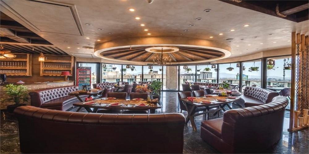 کافه رستوران دانته ، فضایی شیک و رویایی