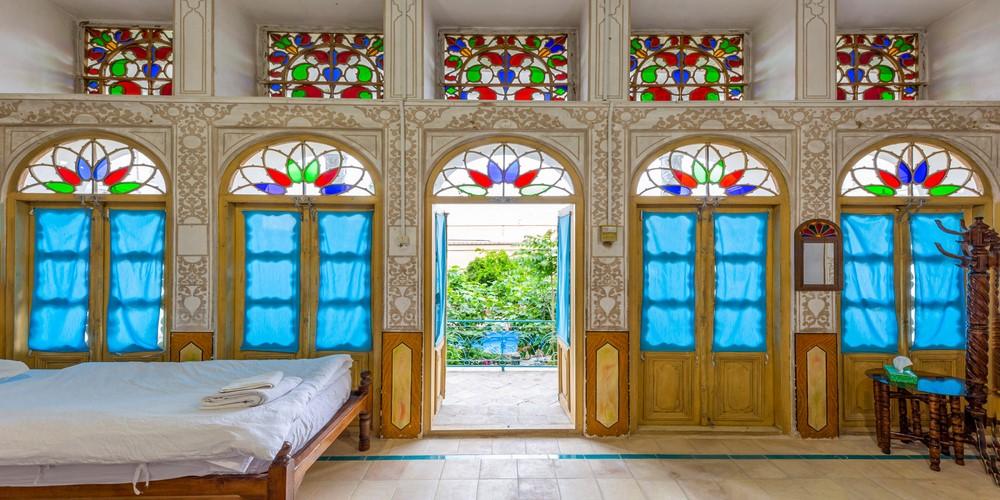 اقامتگاه بوم گردی اشکانی اصفهان ، اقامتی در نزدیکی میدان نقش جهان