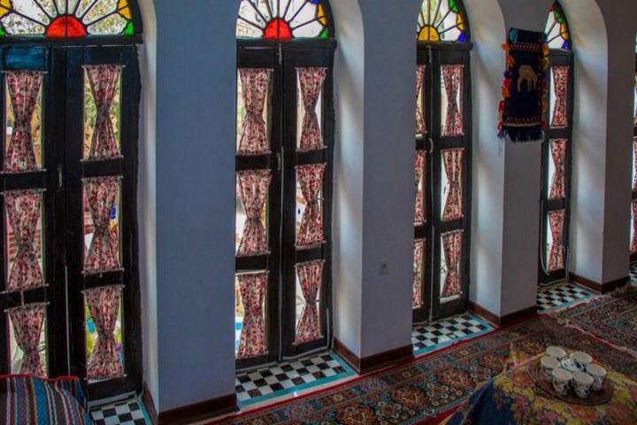 امکانات اقامتگاه بوم گردی ترنجستان شیراز