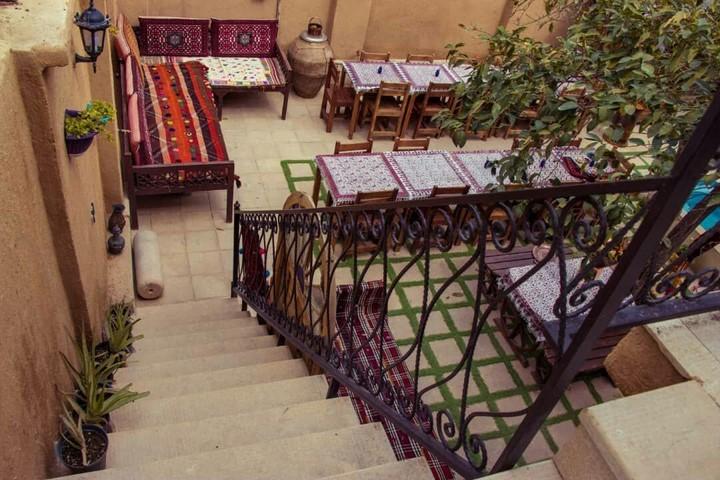 شرایط اقامت در اقامتگاه بوم گردی ترنجستان شیراز