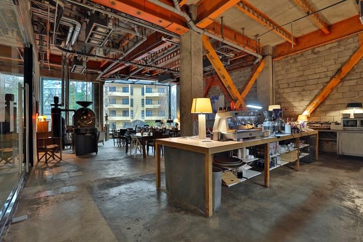 سام کافه | کافه های خیابان فرشته