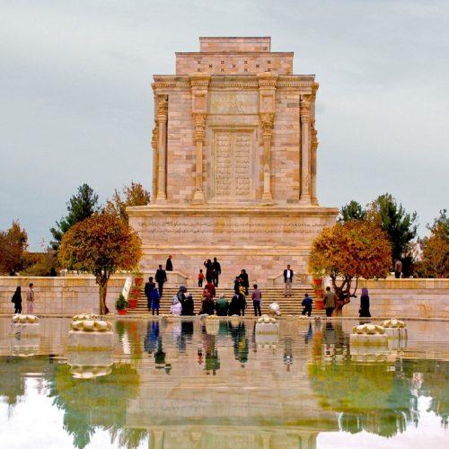 آرامگاه فردوسی - جاهای دیدنی مشهد
